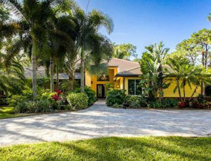 Homes for Sale in Pinehurst Park, FL