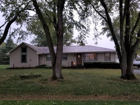 East Dundee IL Single Family Home For Sale: $325,000