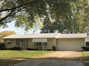 ELGIN IL Single Family Home Listing Sold: $169,900