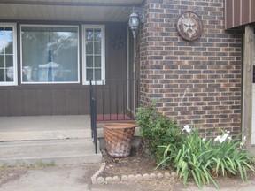 Residential Sold: 214 Locust