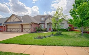 Single Family Home Sale Pending: 4525 Spectacular Bid