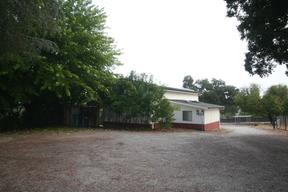 Single Family Home : San Benito Ave