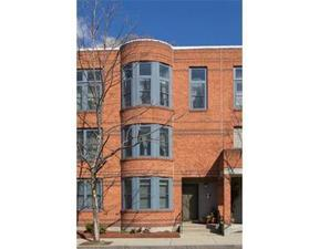 Residential Sold: 9 Ellingwood St #9