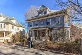 Single Family Home Sale Pending: 70 Robinwood Ave