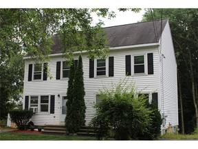 <b>SELLER SAVED $3,757</ Sold: 10 Applewood Drive