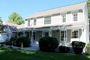 <b>SELLER SAVED $9,100</ Sold: 30 Oakmont Drive