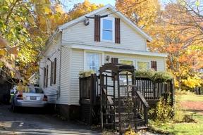 <b>SELLER SAVED $3,077</ Sold: 26 Glenwood Avenue