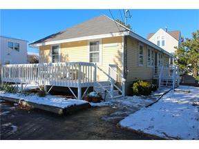 <b>SELLER SAVED $7,650</ Sold: 20 Eagle Avenue