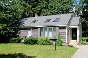 Single Family Home For Sale: 12 Ridgeview Drive