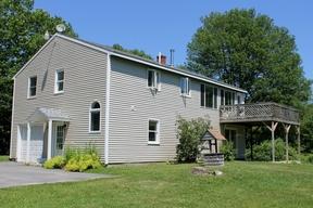 Single Family Home Sale Pending: 19 Benson