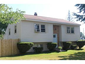 Single Family Home Sale Pending: 2 Hillview Avenue
