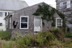Single Family Home Sale Pending: 13 Beach Avenue