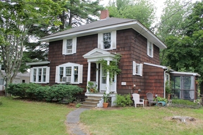 Single Family Home Sale Pending: 689 US Route One