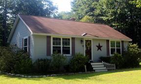 Single Family Home Sale Pending: 226 New Dam Road