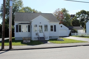 Single Family Home For Sale: 217 Hill Street