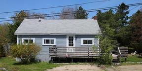 Single Family Home Sale Pending: 6 Eagle Avenue