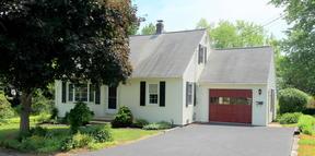 Single Family Home Sale Pending: 33 Weymouth Street