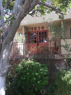 Condo/Townhouse For Lease: 1614 VETERAN AVENUE #102
