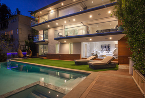 Single Family Home Sold: 8796 HOLLYWOOD BLVD