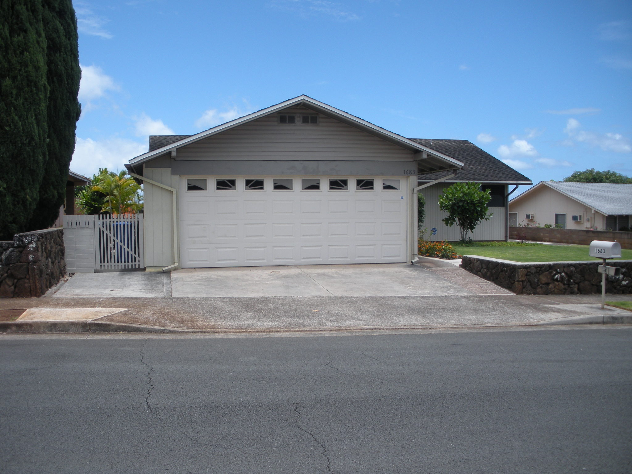 Homes for Sale in Pearl City, HI