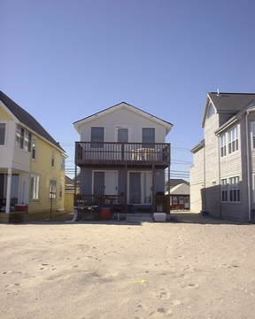 Rental For Rent: 783 East Broadway