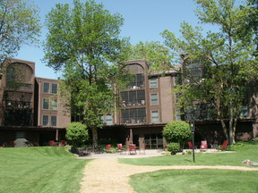 Condo/Townhouse Sold: 8441 Irwin Road #301