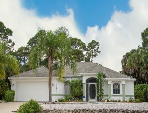 Homes for Sale in Tequesta, FL