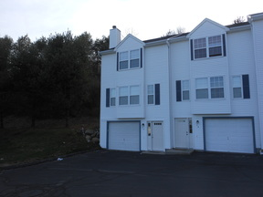 Groton CT Condo/Townhouse For Rent: $1,300