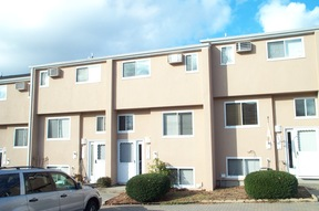 Condo/Townhouse For Lease: 544 Shennecossett Rd #F
