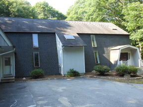 Gales Ferry CT Single Family Home For Rent: $2,000