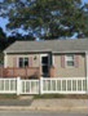 Single Family Home For Rent: 73 Midway Oval