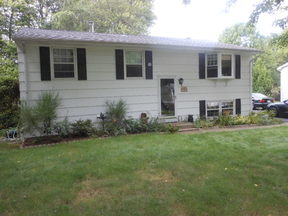 Single Family Home For Rent: 29 Highland Dr.
