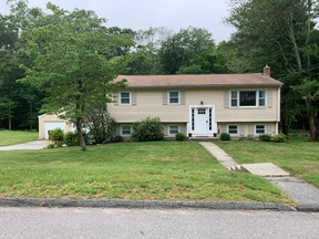 Rental Leased: 20 Willow Ln.