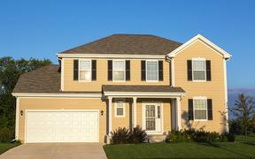 Overland Park KS Single Family Home For Sale: $220,000