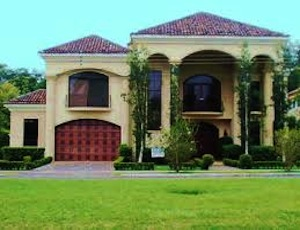 Homes for Sale in Knollwood, FL