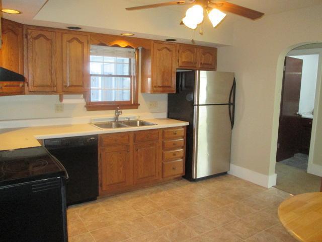 110 Lorimar Lane Duncansville kitchen pic