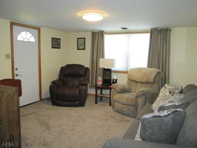 1127 23rd Avenue, Family room pic