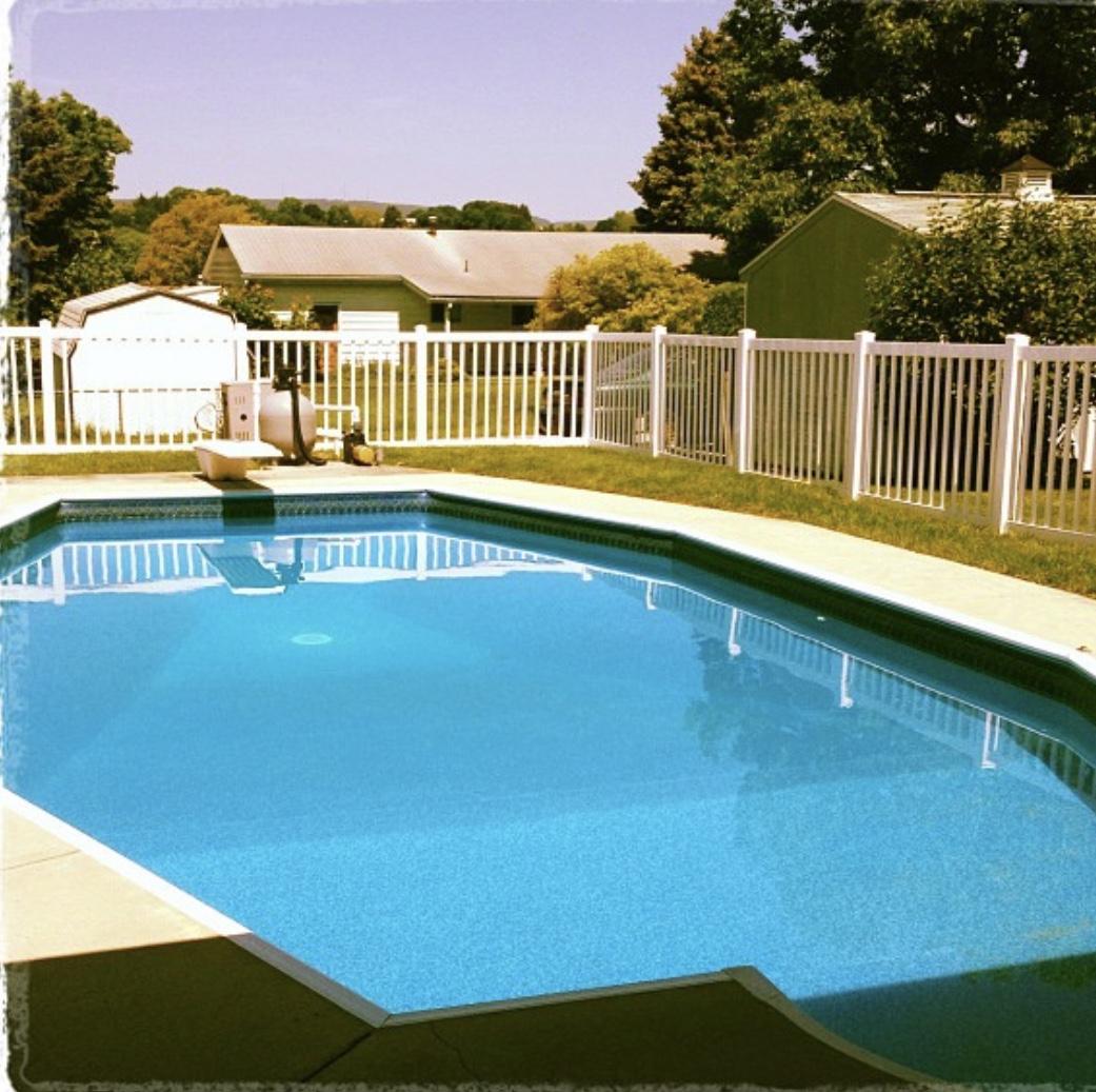 1208 Van Buren Avenue, pool pic