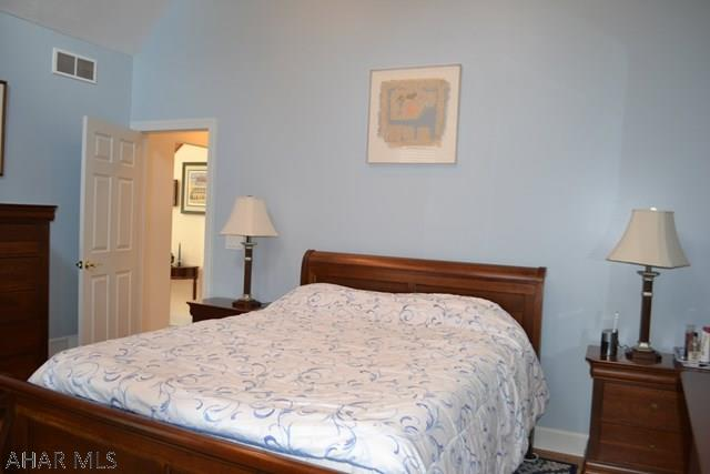 187 Fox Hollow Run Trail, Duncansville Master Bedroom pic