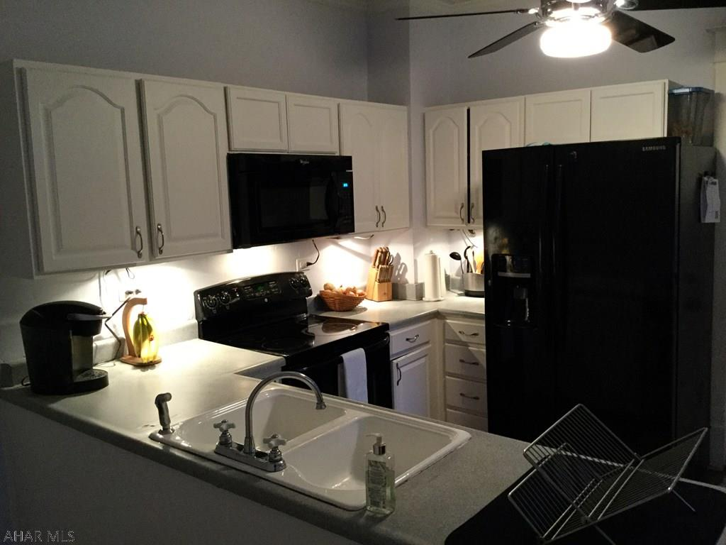200 Milton Avenue, Kitchen Pic