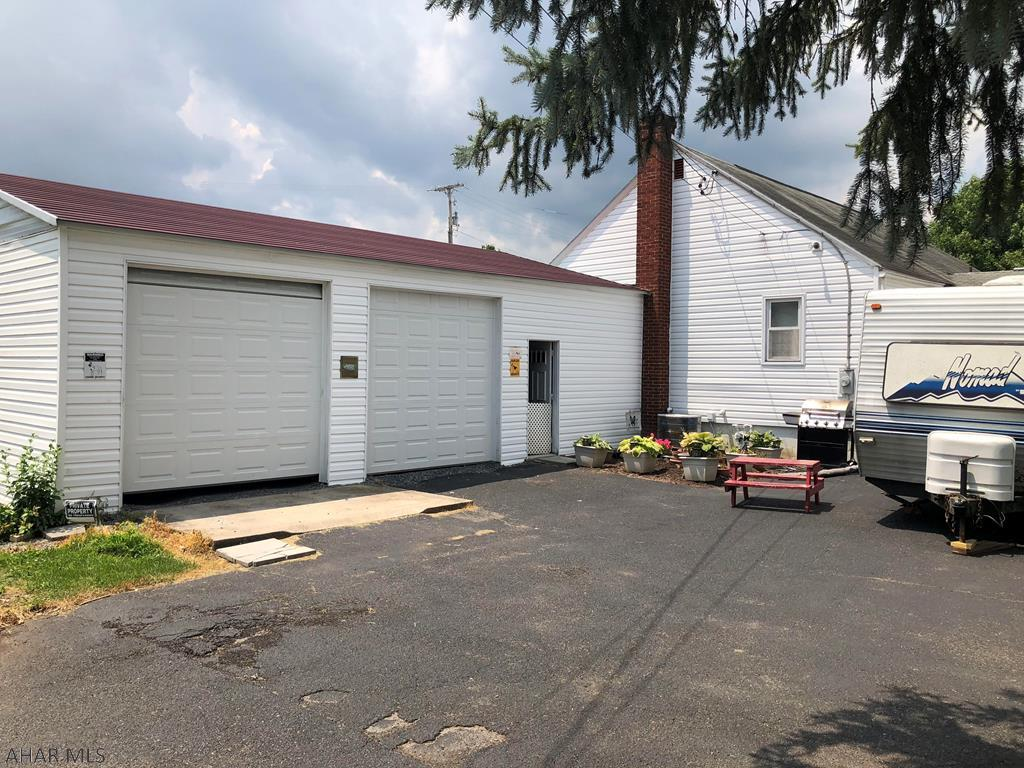 2619 Dove Avenue Garage pic
