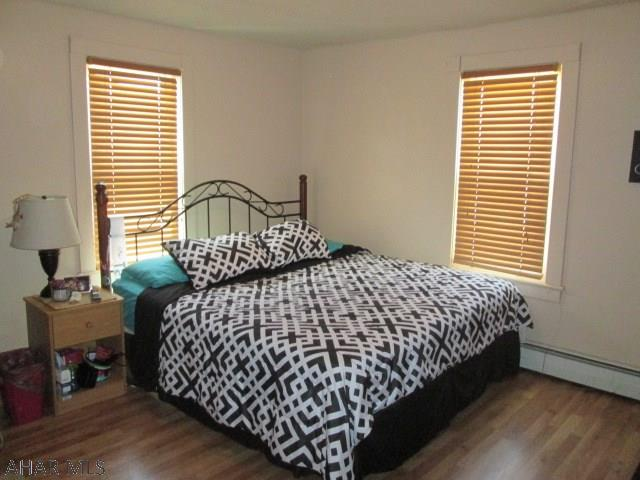 30 Reese Ave. Colver Bedroom pic