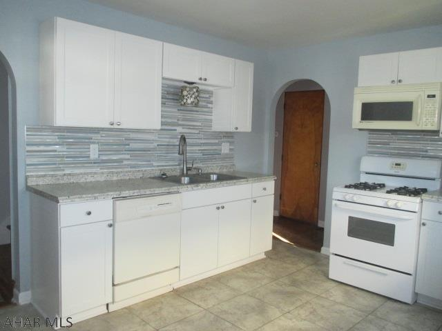 3606 Broad Avenue Extension Kitchen pic