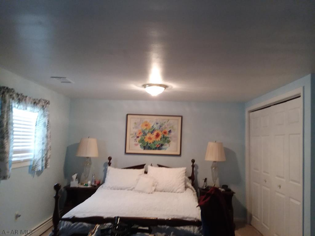 506 North 10th Avenue Bedroom pic