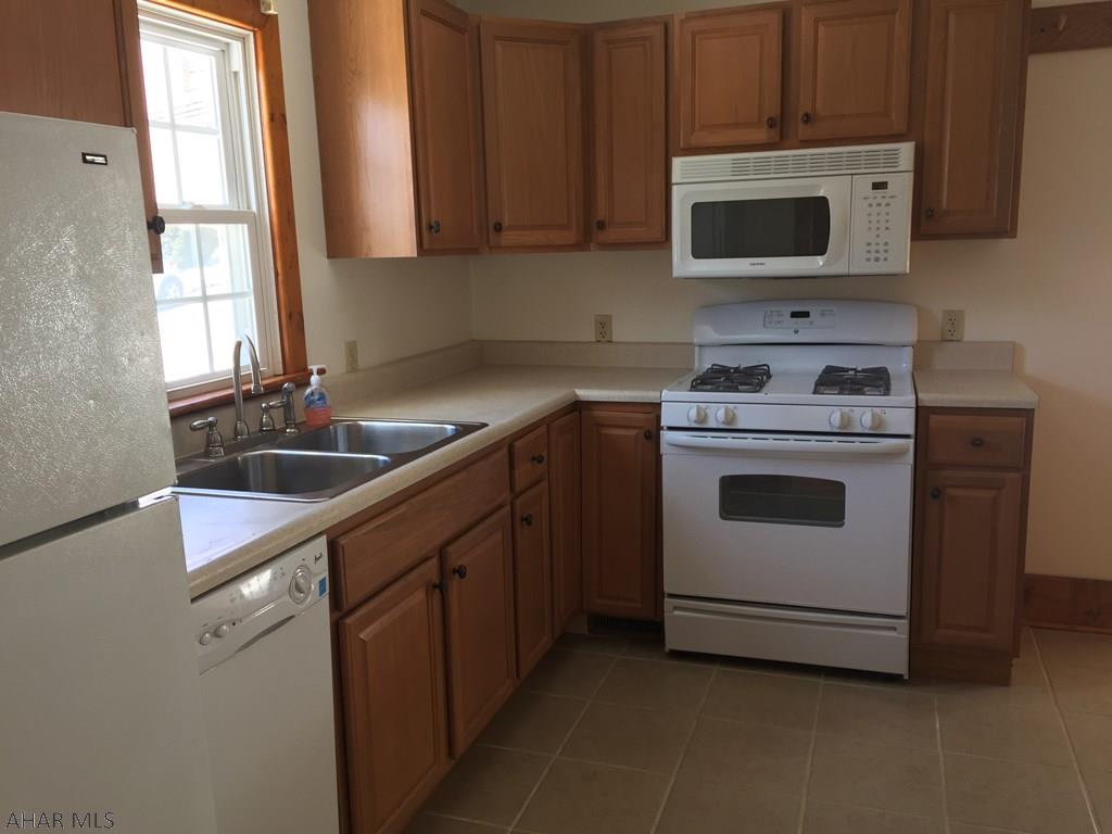 510 Bella Street, Hollidaysburg Kitchen pic