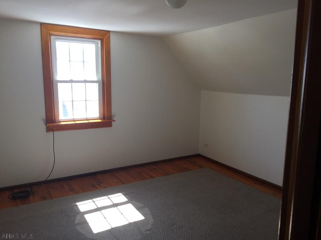 510 Bella Street, Hollidaysburg Bedroom pic