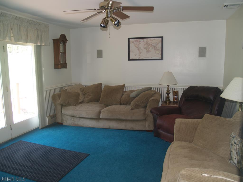 621 Robertdale Drive, Duncansville Family room pic