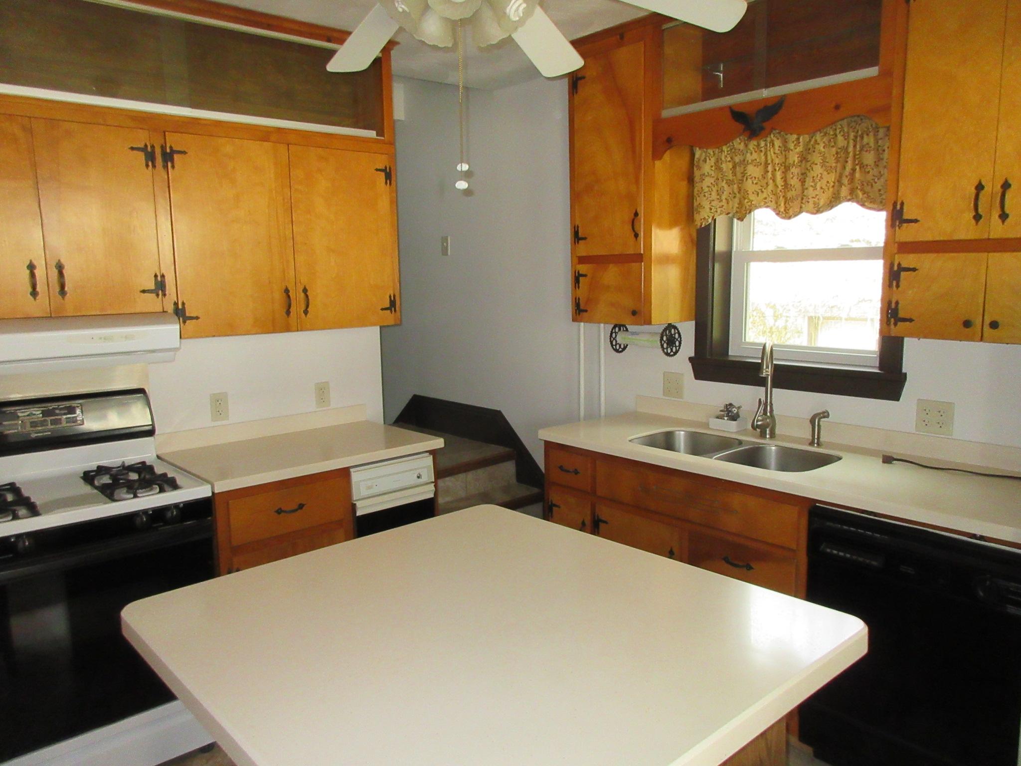177 Vineyard Lane, Duncansville Kitchen pic