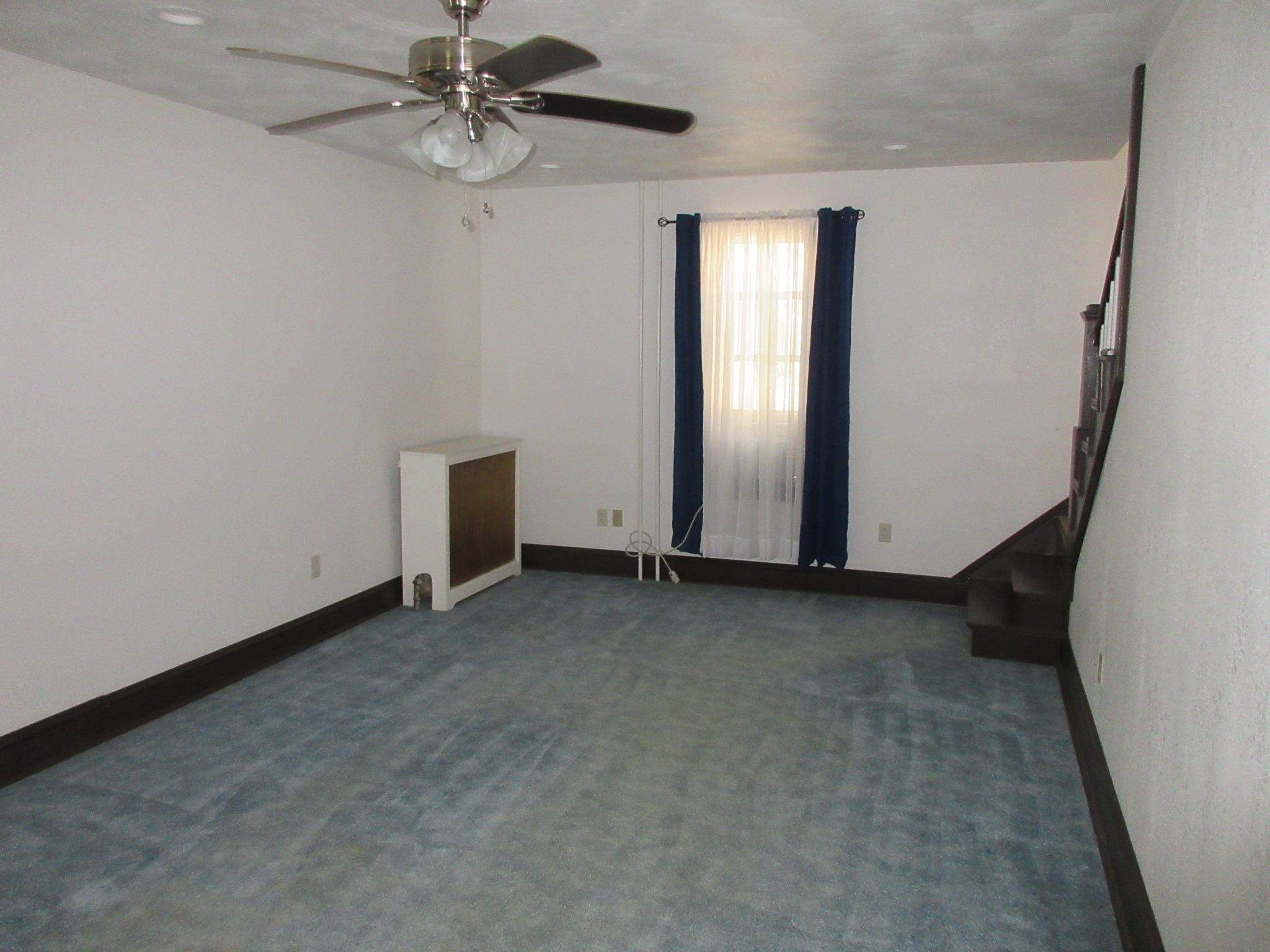177 Vineyard Lane, Duncansville Living room pic