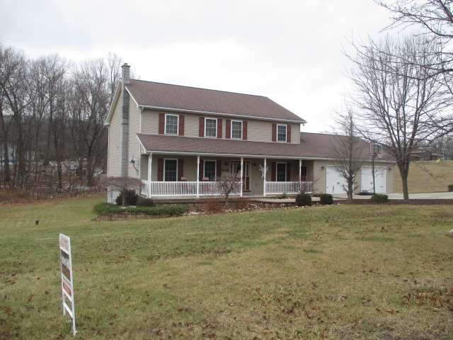 551 Star View Lane, Martinsburg Front pic